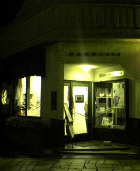 夜の写真館